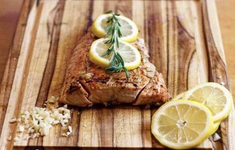 Sous Vide Garlic Lemon Butter Salmon